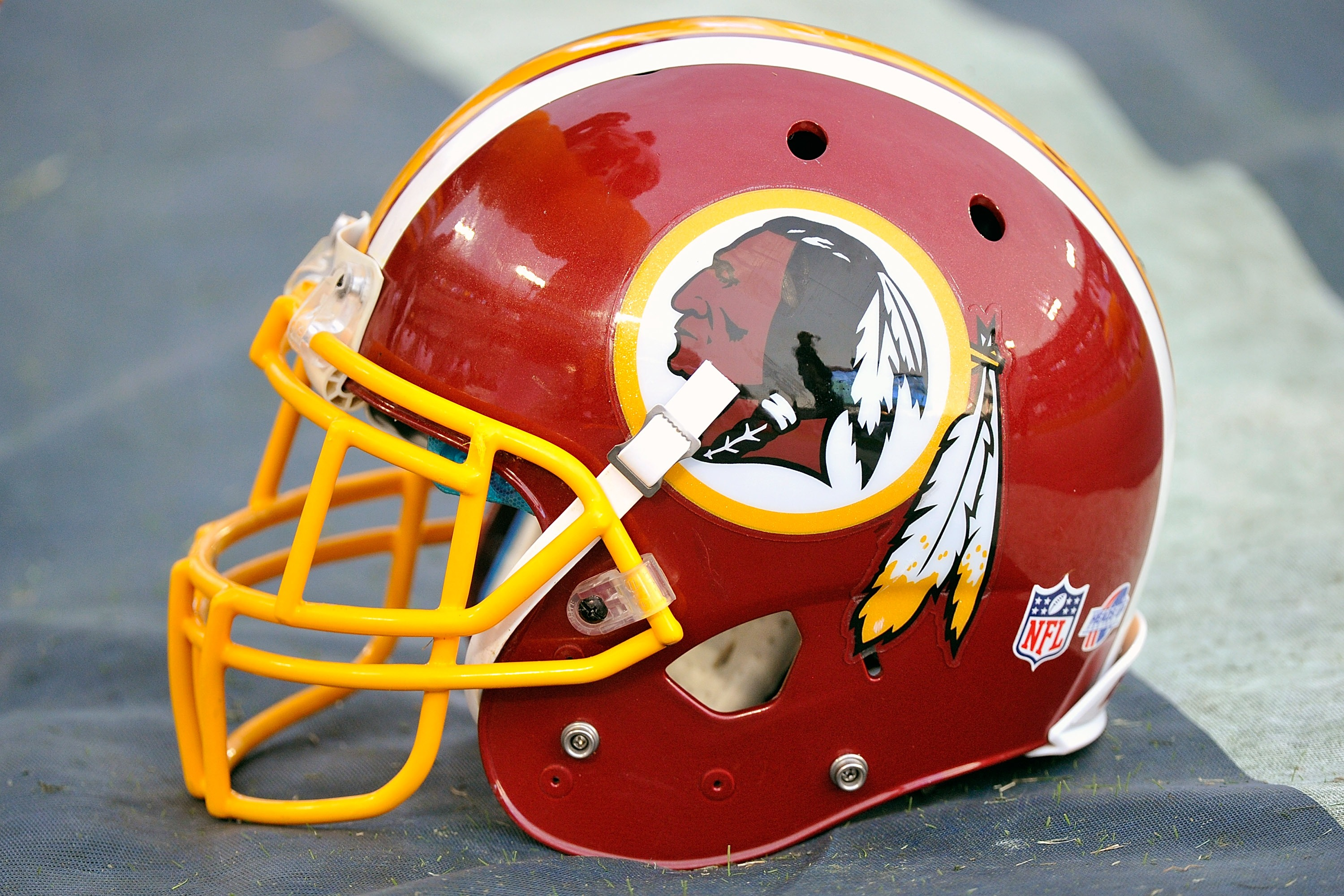 Washington Redskins v Tennessee Titans