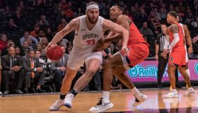 COLLEGE BASKETBALL: NOV 26 Legends Classic - Auburn v Richmond